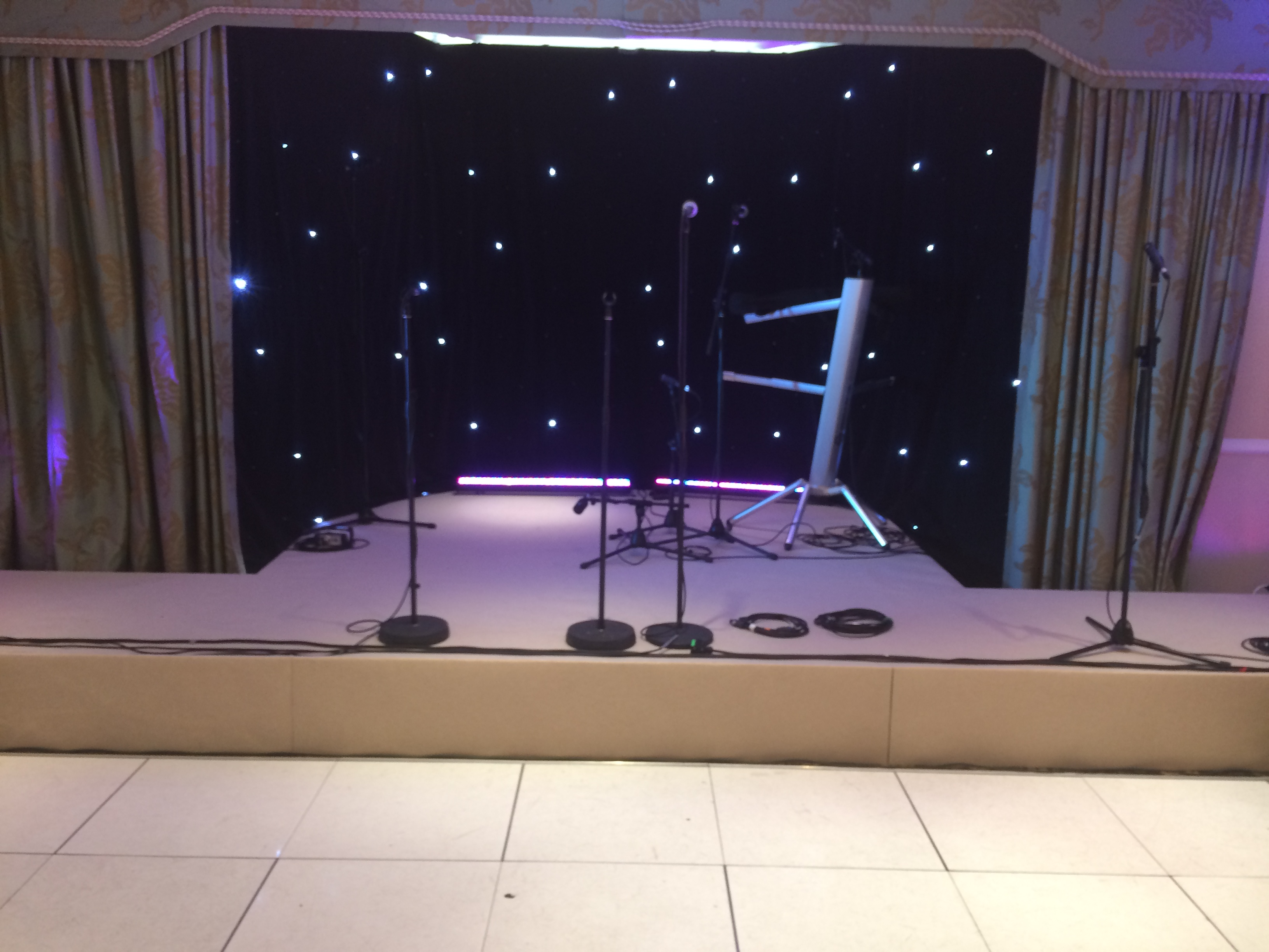 Stage Hire Shendish Manor