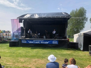 8m x 7m Stage - band