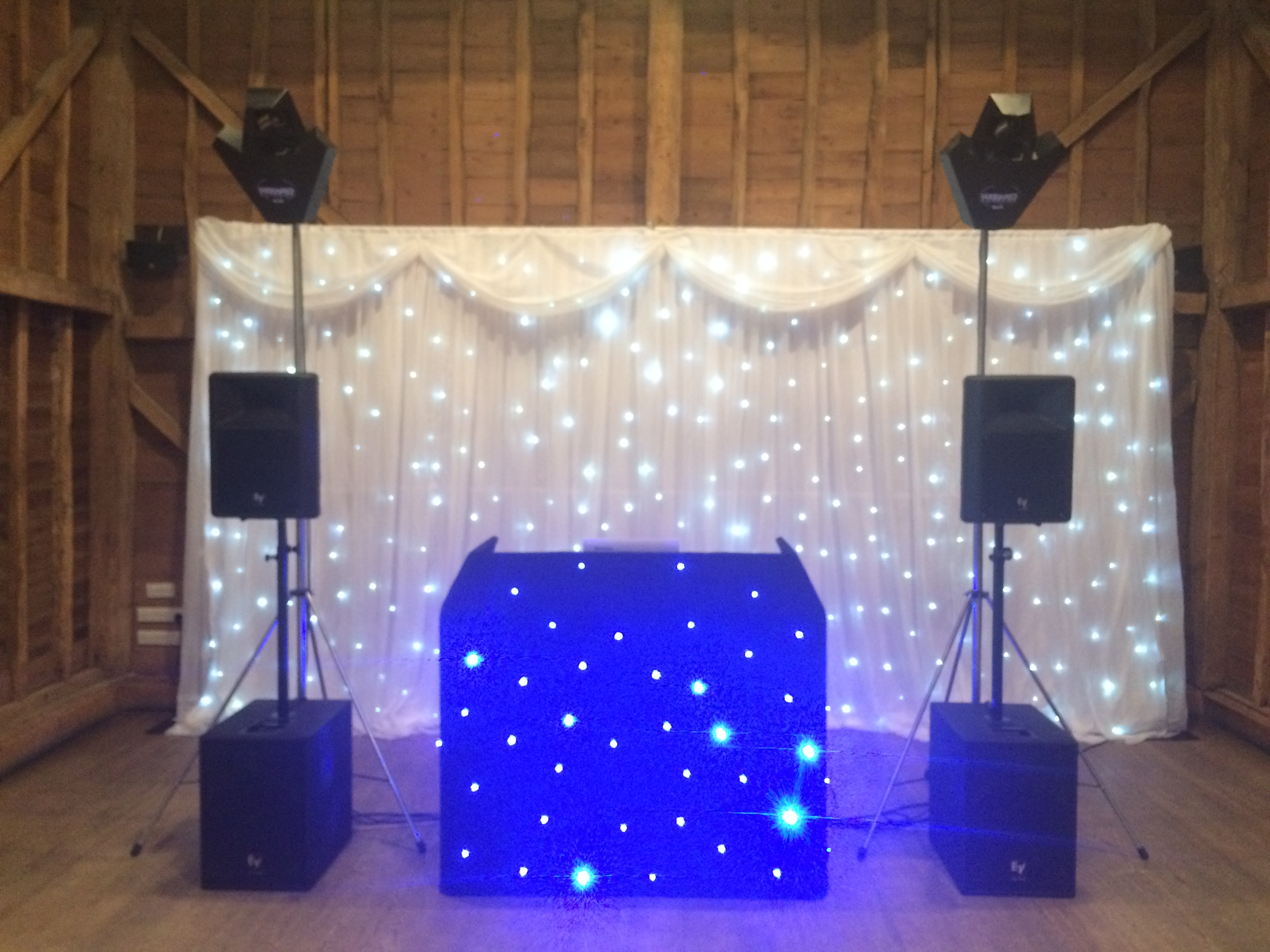 Tewin Bury Wedding DJ